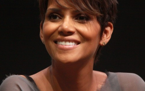 Who is halle berry dating 2014