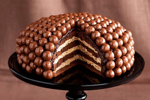 01 - Maltesers Cake