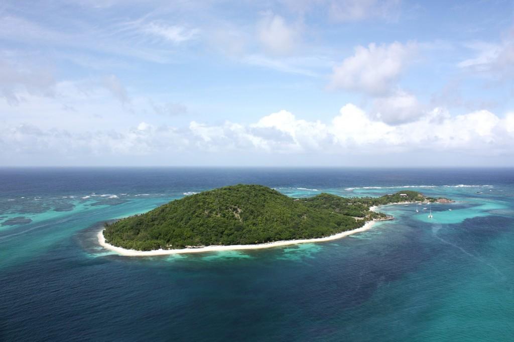 Petit_St._Vincent_Island_Resort_-_The_Grenadines,_St._Vincent,_Caribbean.