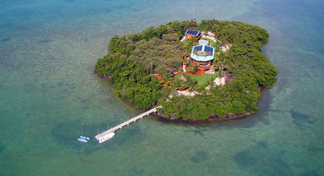 Private-Island-Living-Large