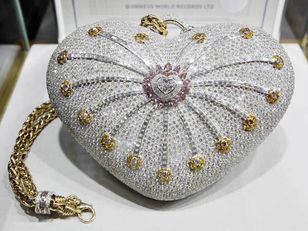 907992528b Le sac à main le plus cher au monde. source
